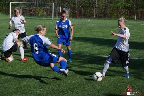 Во 2-м туре Чемпионата Украины среди женщин «Жилстрой-2» сыграл с командой «Жилстрой-1»