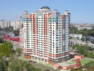 «Жилстрой-2» продолжает стрительство ЖК «Дом с ротондами» по ул.Сухумской