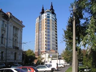 «Жилстрой-2» возводит 8-й этаж каркаса здания ЖК «Заречный»