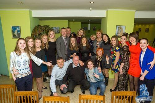 «Жилстрой-2» поздравил женскую футбольную команду с победой в Зимнем Кубке Украины