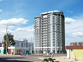 Возведено здание жилого комплекса «Виктория» возле метро «Дворец спорта»