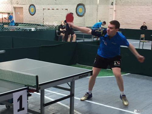 Команда «Жилстрой-2» по настольному теннису удерживает лидерство в Клубном чемпионате Украины