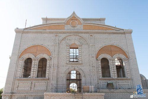 «Жилстрой-2» продолжает строительство храма Преподобного Алексия, человека Божия