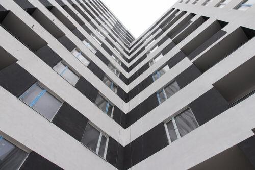 В секции №1 дома №5 завершен монтаж перекрытия над шестым этажом