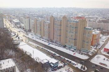 """У сьомій секції ЖК """"Павлівський квартал"""" триває монтаж вертикальних конструкцій десятого поверху"""