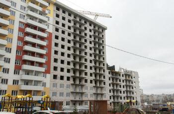 """В секции №3 ЖК """"Меридиан"""" ведется монтаж перекрытия над первым этажом"""